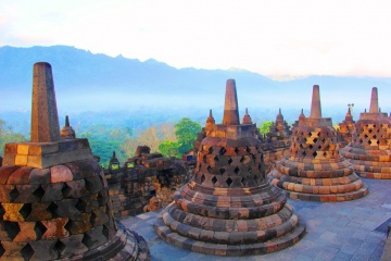 BOROBUDUR TOUR AND TRAVEL